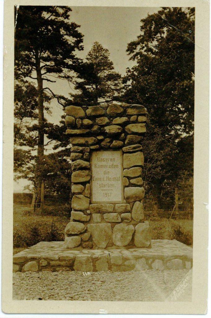 POW cemetery memorial 1918